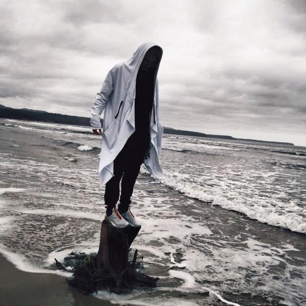 White assassin robe